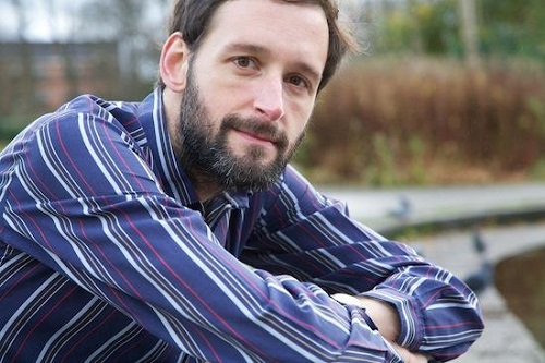 Interview | Alasdair Roberts on foundlings, the carnivalesque and becoming more Scottish